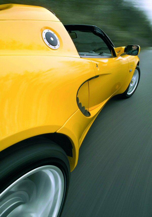 2004 Lotus Elise 111R_3
