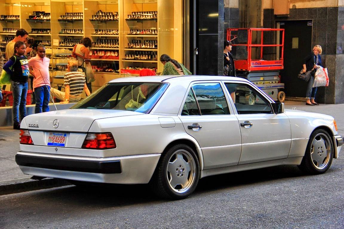 Mercedes_w124_500e_white_1992_5
