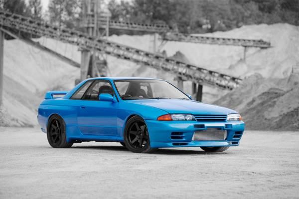 1990-Nissan-Skyline-R32-GTR