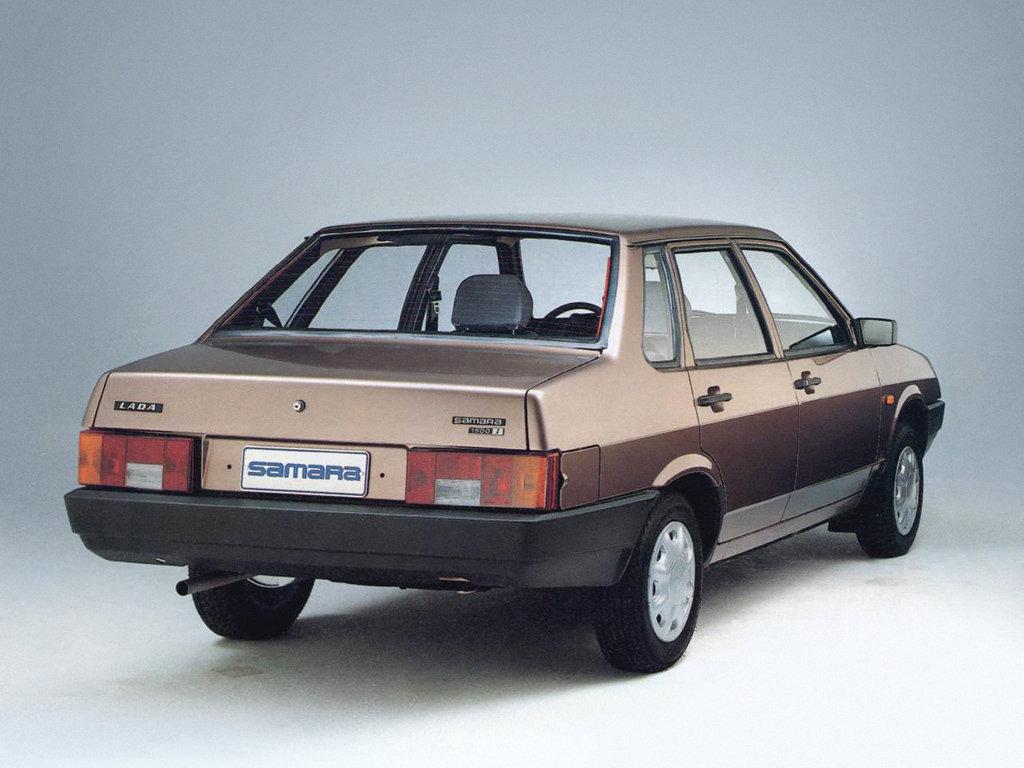 VAZ-21099-Sedan