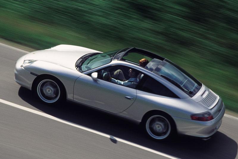 0473797-Porsche-996-Targa-Carrera-2001