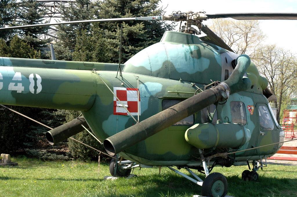 1024px-Mi-2Ch_Cracow_1